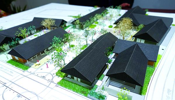 Le nouveau centre-ville a été pensé comme une invitation à la flânerie. (Dominique Leray)