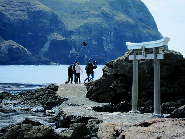Pour tourner l'adaptation du roman d'Olivier Adam, la cinéaste a choisi les îles Oki.