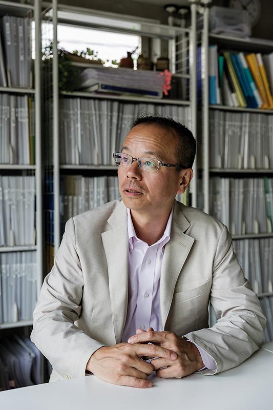Garan Mitsujirô connaît parfaitement le marché de l'occasion. ©Jérémie Souteyrat pour Zoom Japon