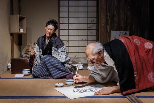 """Les visiteurs peuvent découvrir dans quelles conditions """"le vieux fou de dessin"""" travaillait. / Jérémie Souteyrat pour Zoom Japon"""